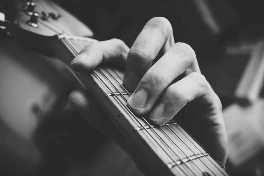F chord guitar